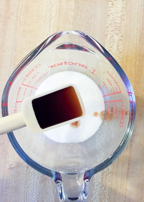 Easy German Vanilla Sugar