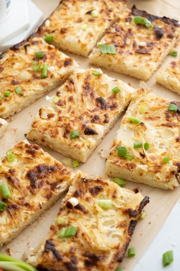 Zwiebelkuchen vom Blech  (Savory Grrman Onion Cake)
